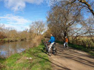 voyage à vélo, voyager à vélo, tourisme à vélo, cyclotourisme, comment limiter son empreinte carbone en voyage ? comment limiter son empreinte écologique en voyage ? tourisme durable, tourisme responsable